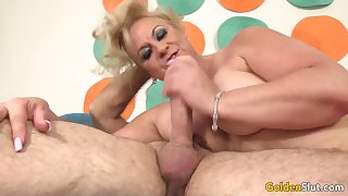Horny Grandpa Has Hot Mature Sex with Chubby Floozy Summer